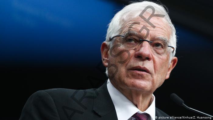 مفوض الخارجية الأوروبية لا يستبعد مهمة عسكرية أوروبية في ليبيا
