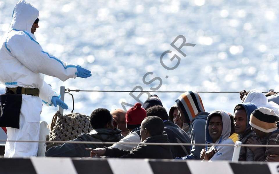 اليونان ترحل 11 شخصاً من طالبي اللجوء إلى تركيا
