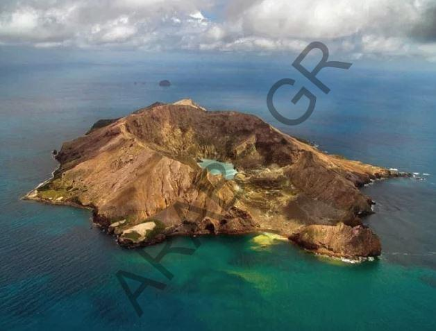 جزيرة سانتوريني.. بومبي بحر إيجه